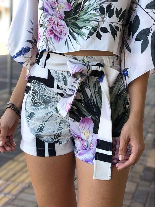 shorts-ana-lara