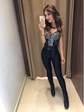 Body-Sabrina