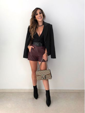 Shorts-Basic-Corino-Vinho