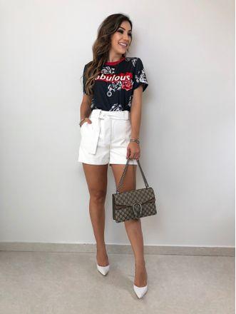 T-shirt-Fabulous-Preta