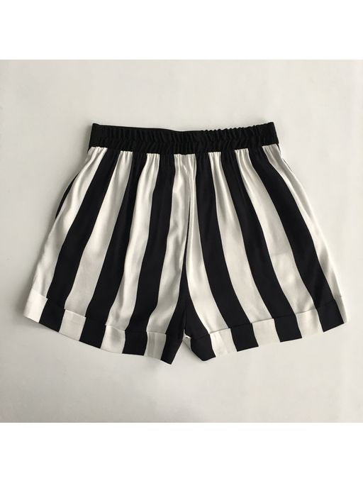 Shorts-Listras-Danubia