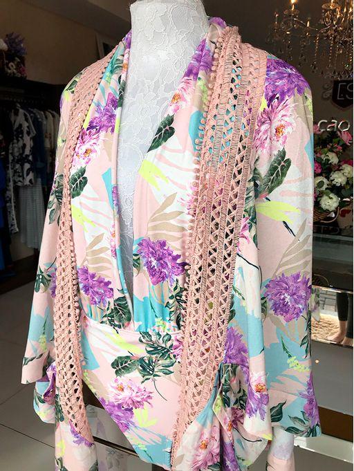 Kimono-Javanesa-Lais