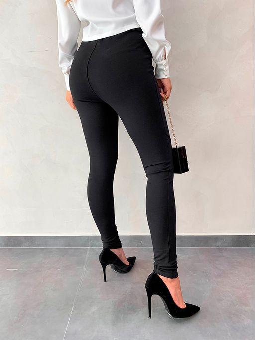 7843a835a Calça Legging Detalhe Recortes Preto - Estacao Store