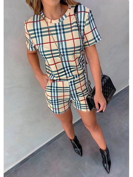 Shorts-Tatiana-Xadrez