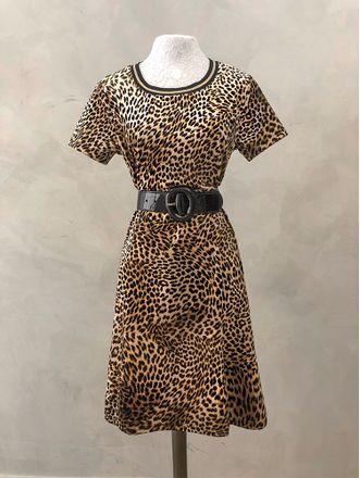 Vestido-Veludo-Onca-Monique