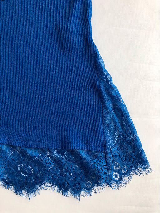 Blusa-Gola-Alta-Com-Renda-Azul
