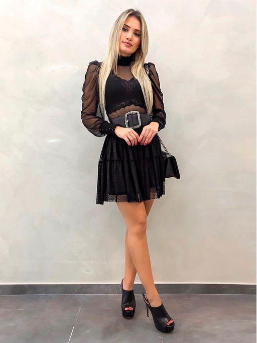 Saia-Poa-Andressa-Preta