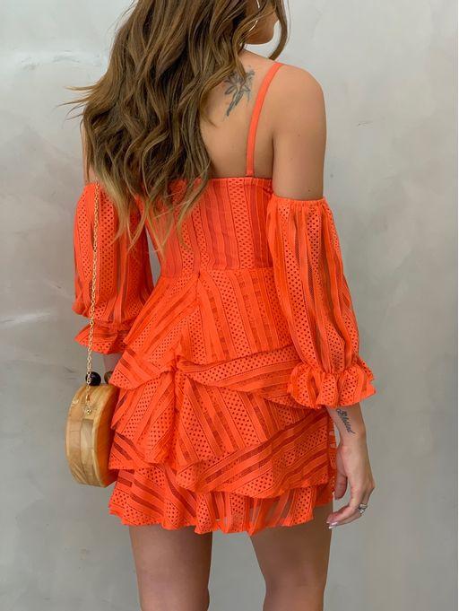Vestido-Curto-Renda-Camadas-Coral