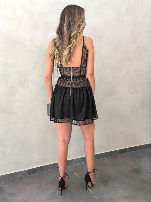 Vestido-Curto-Renda-Silvia-Preto
