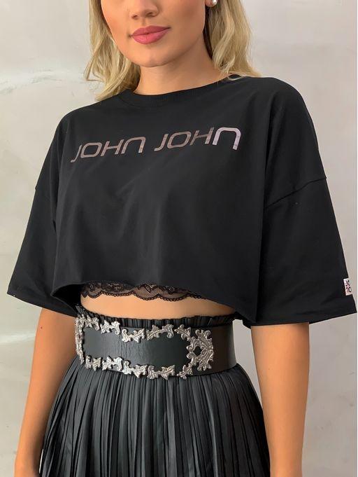 T-shirt-Square-Black-John-John