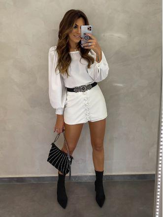 Shorts-Saia-Amanda-Off