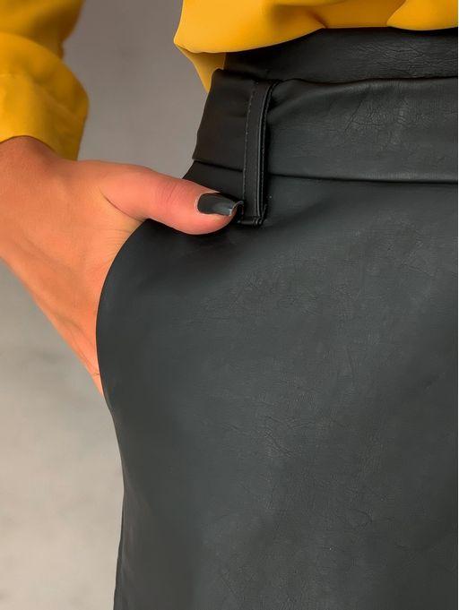 Saia-Shorts-Courino-Daya