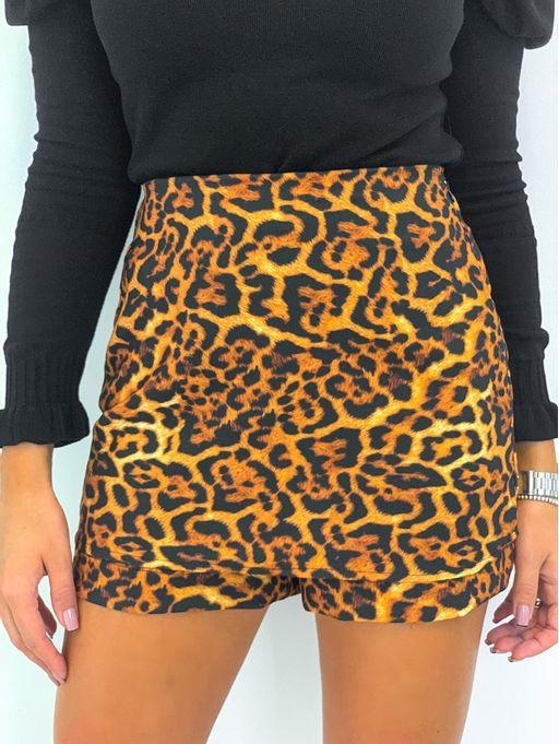 Shorts-Saia-Onca-Nathani