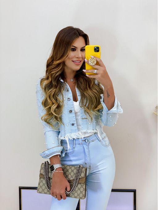 Jaqueta-Jeans-Barra-Desfiada-Curta