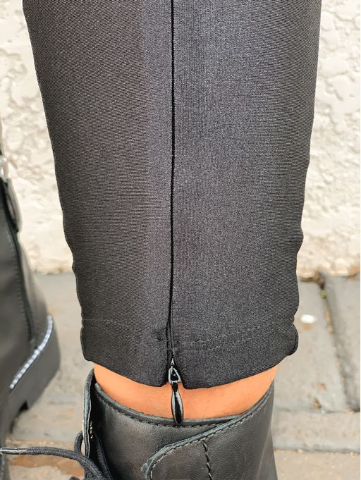 Calca-Legging-Ziperes-Ana-Black