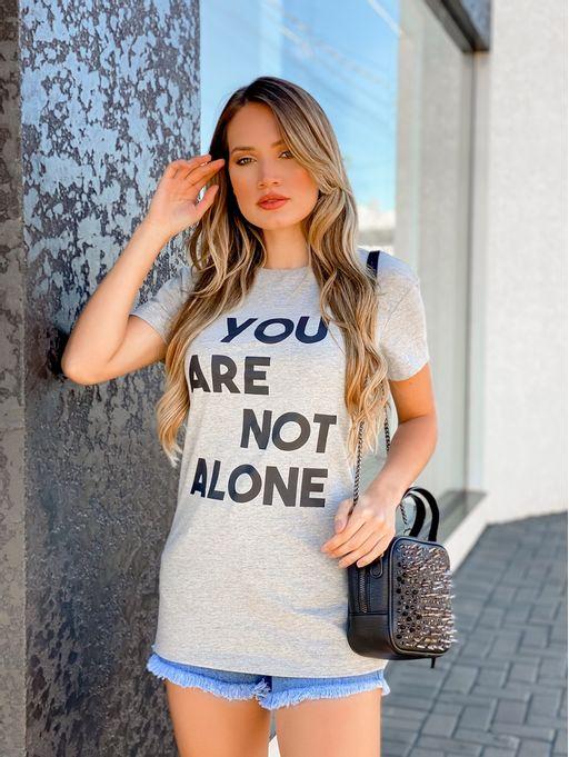 Maxi-T-Shirt-Mescla-You-Are-Not-Alone