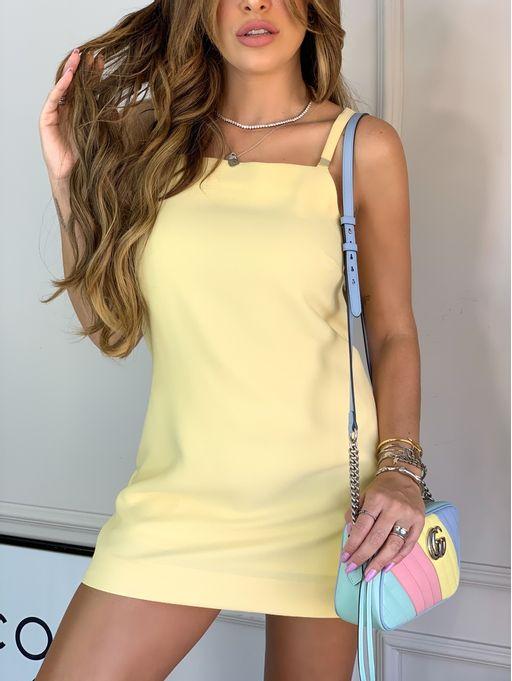 Vestido-Curto-Larissa-Manteiga-Com-Shorts-Amarelo