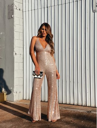Macacao-Flare-Paete-Fashion-Glamour-Gold